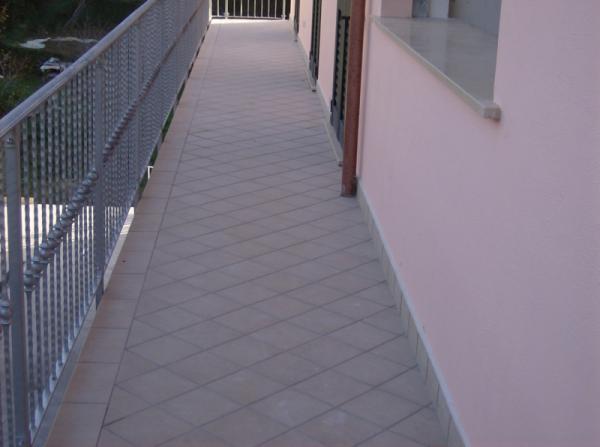 Tecnoedil di franco francesco edilizia a 360 gradi - Piastrelle balcone ...